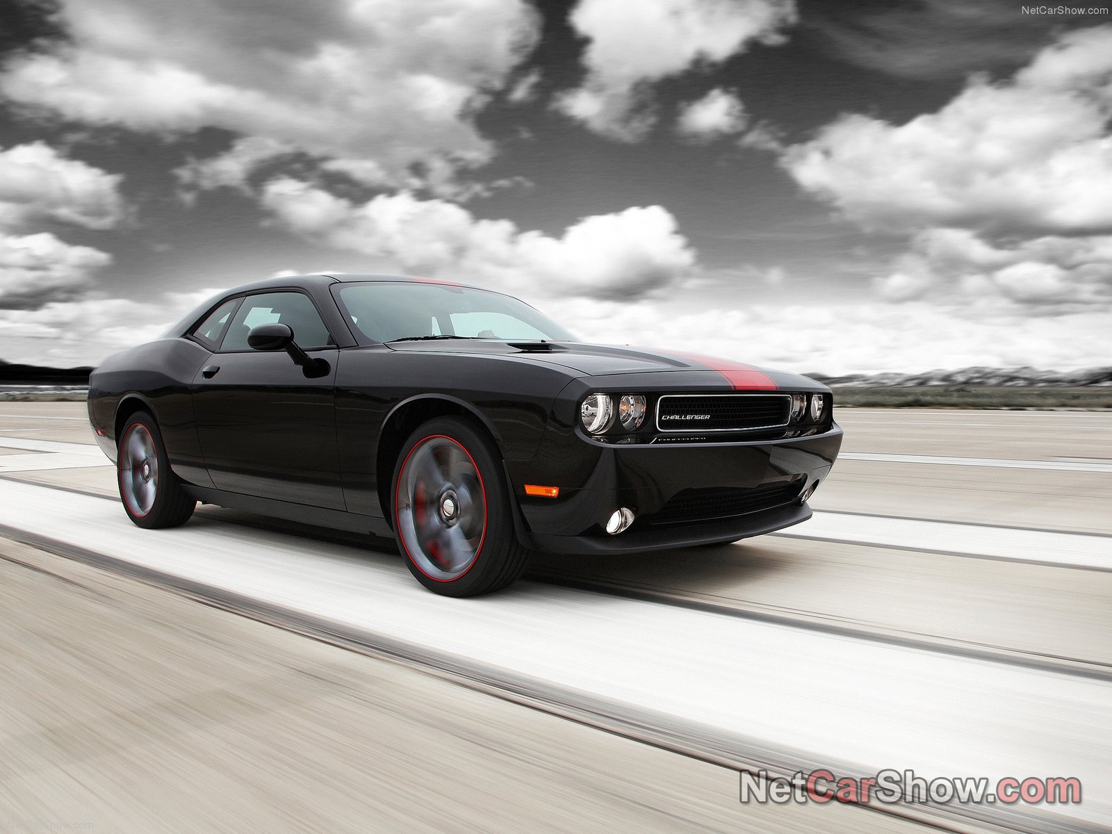 Dodge Challenger photo 90379