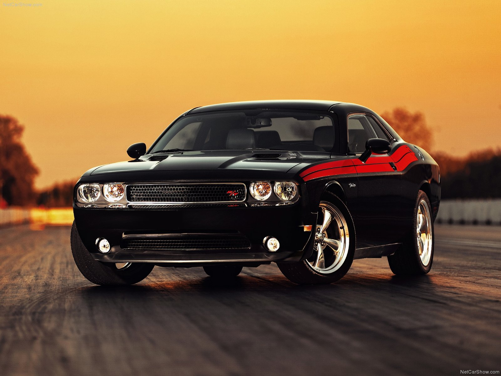Dodge Challenger RT photo 76982