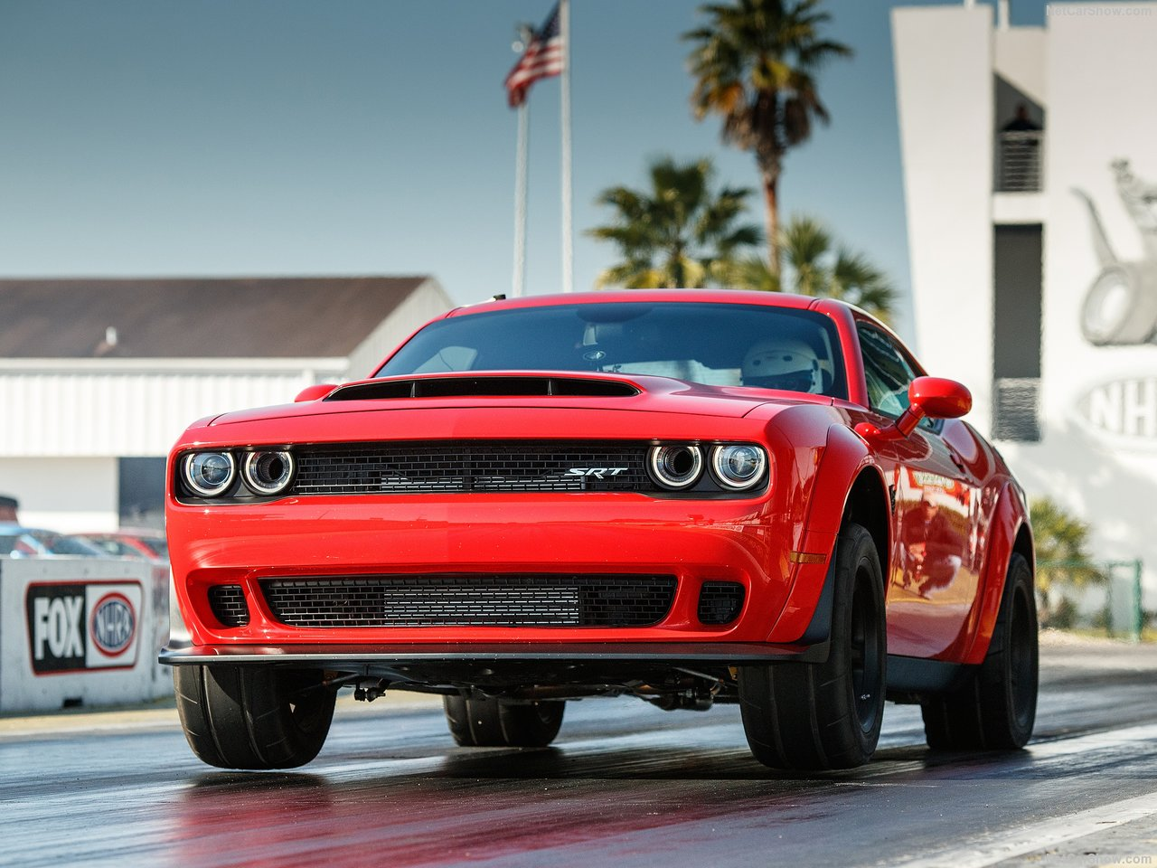 Dodge Challenger SRT photo 176628