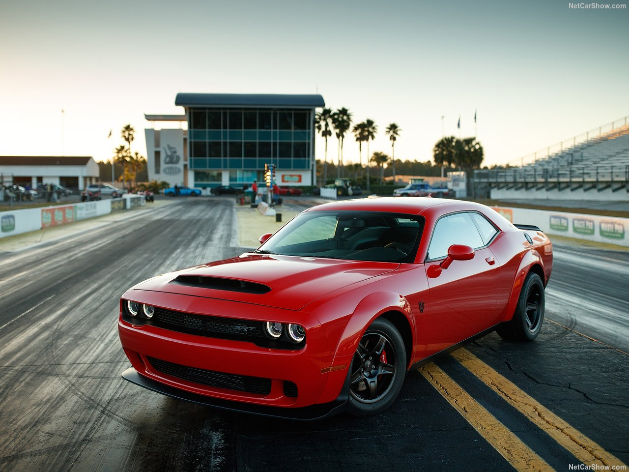 Dodge Challenger SRT photo 176631
