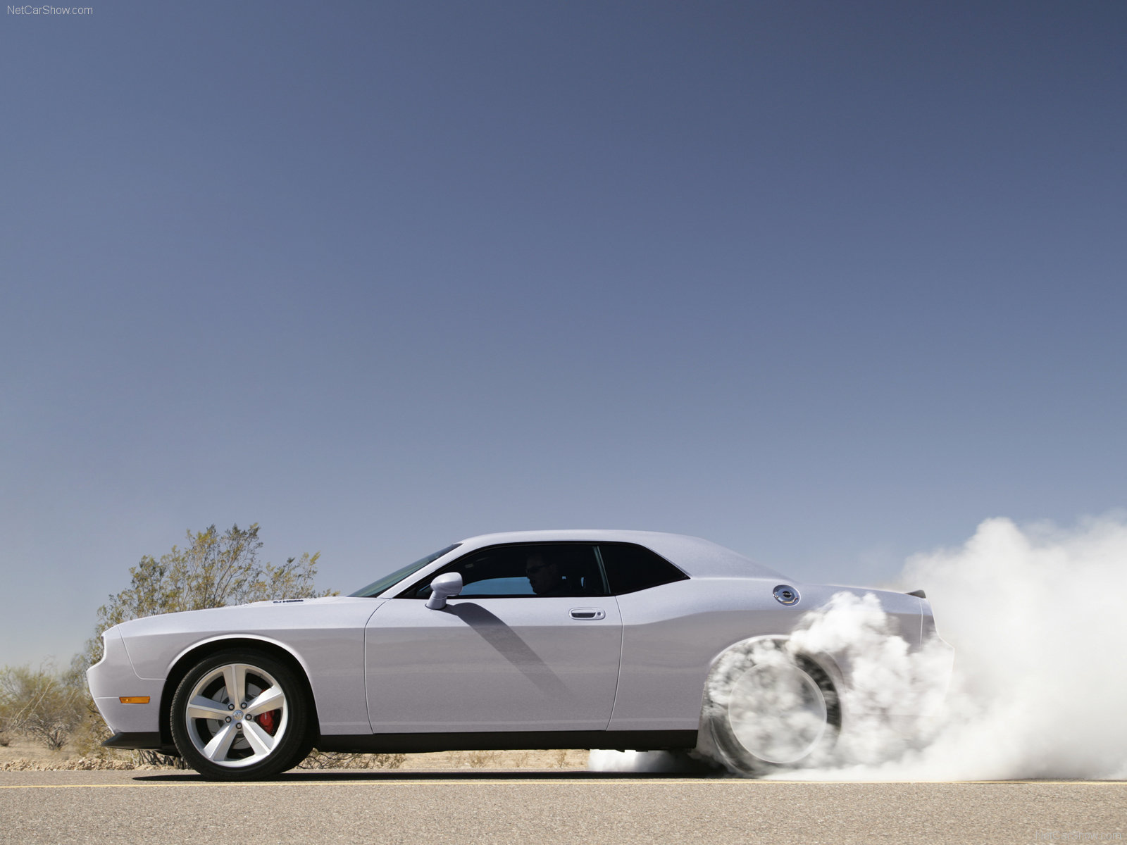Dodge Challenger SRT8 photo 53587