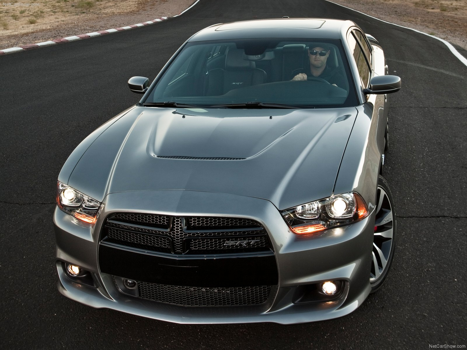 Dodge Charger SRT8 photo 83775