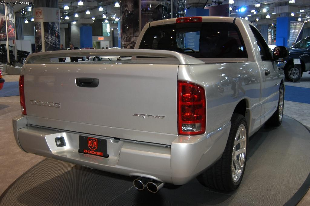 Dodge Ram SRT-10 photo 22676