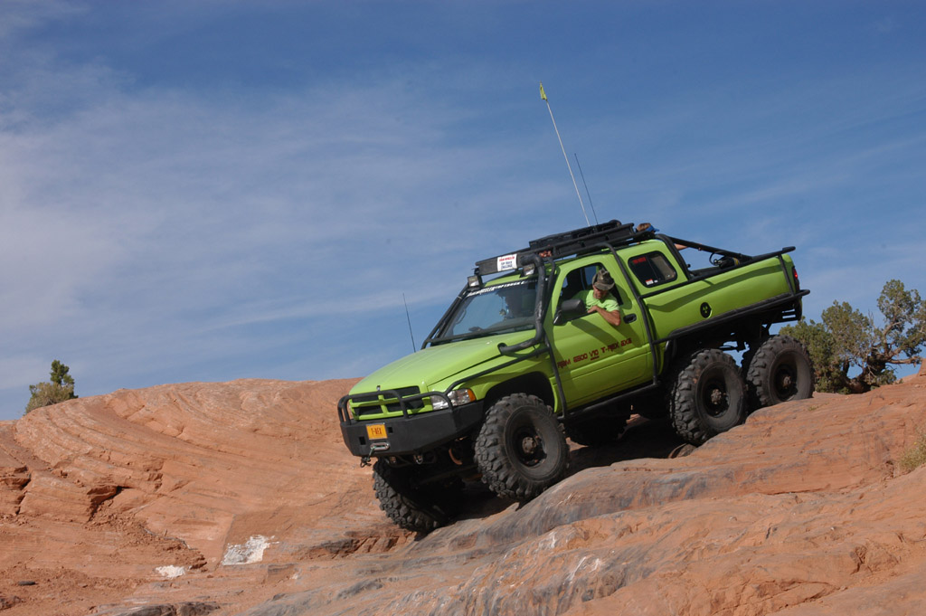 Dodge T-Rex photo 37749