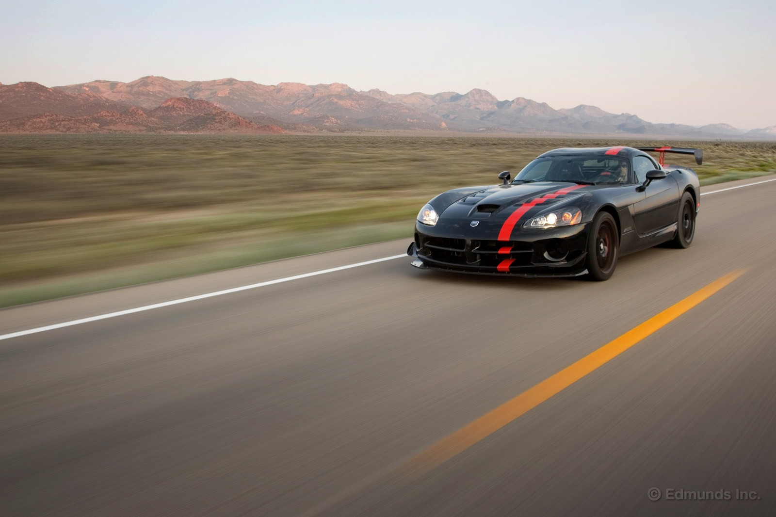 Dodge Viper SRT photo 164372