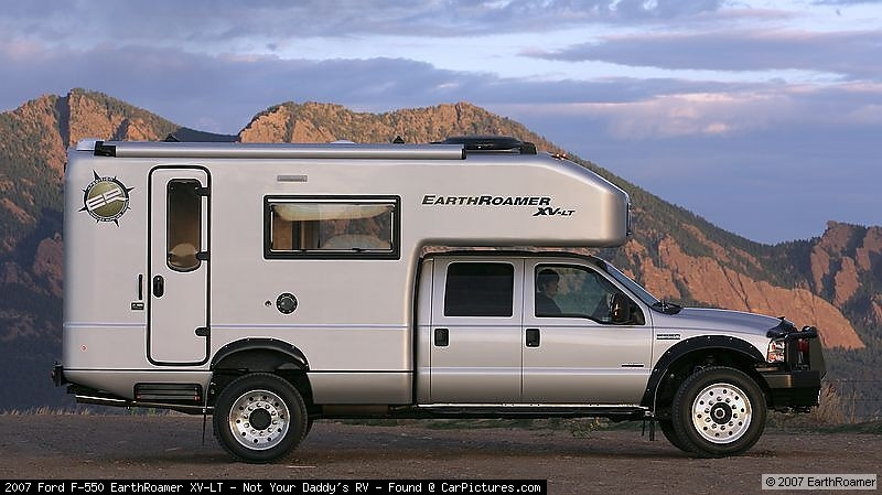 EarthRoamer XV-LT Ford F-550 photo 45327