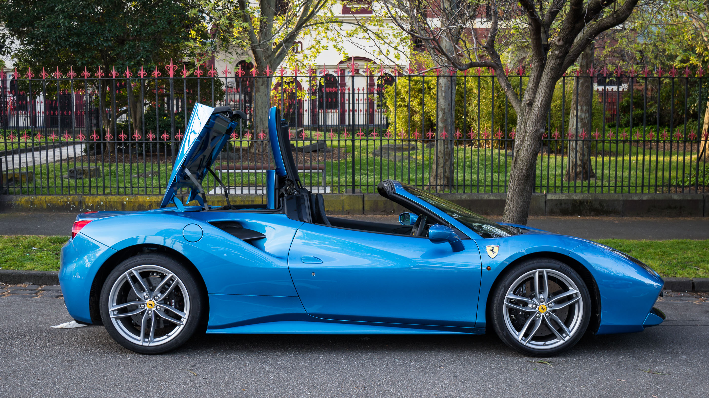 Ferrari 488 Spider photo 169690