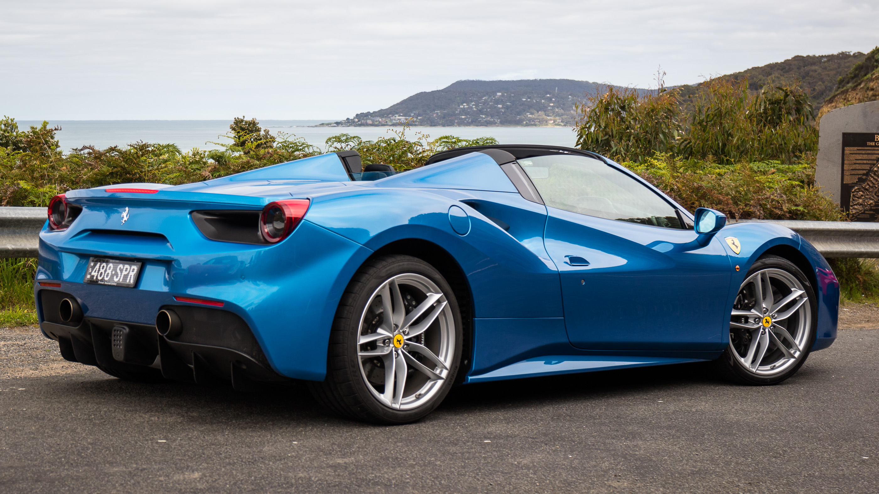 Ferrari 488 Spider photo 169714