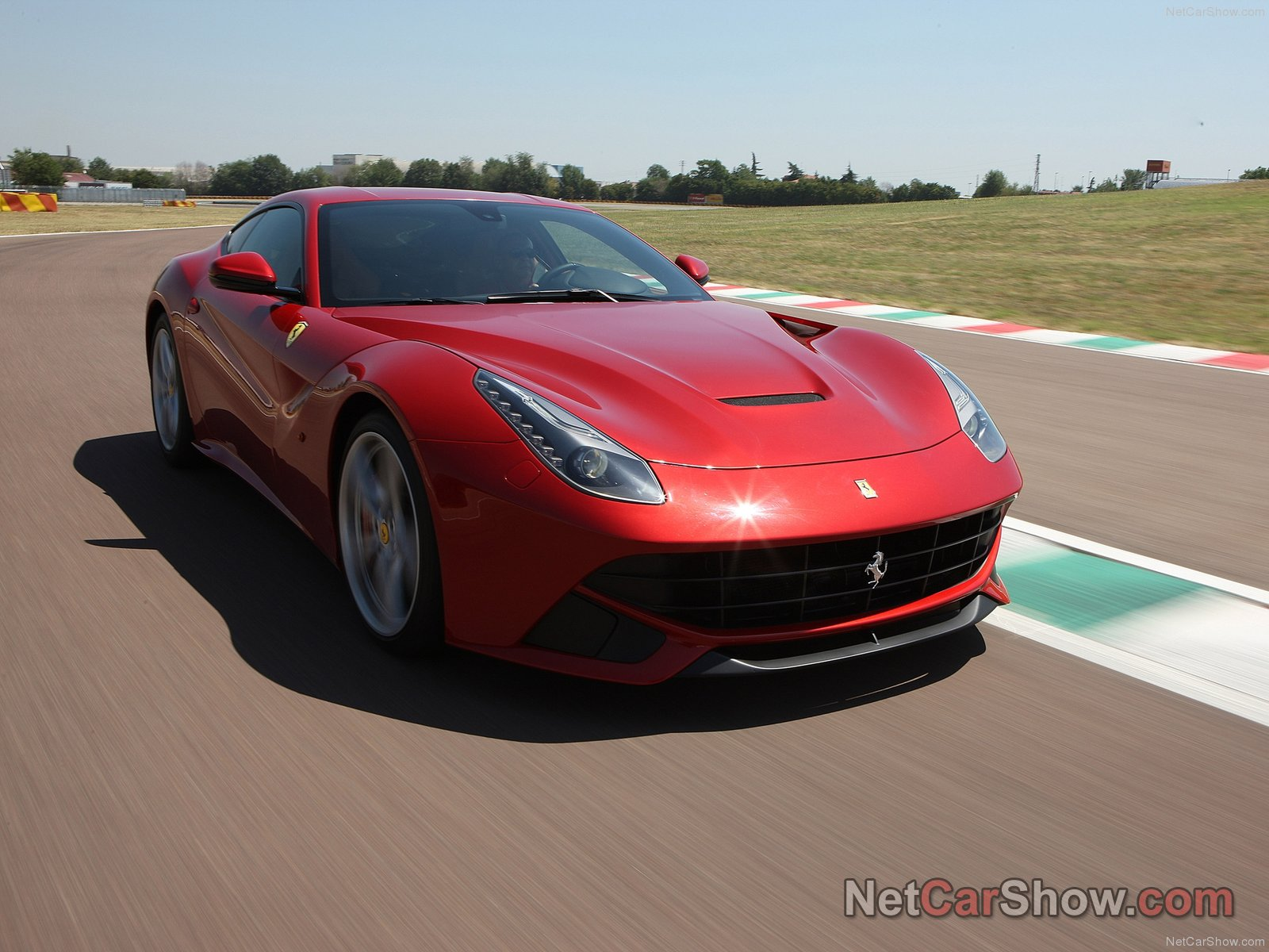 Ferrari F12 berlinetta photo 94119