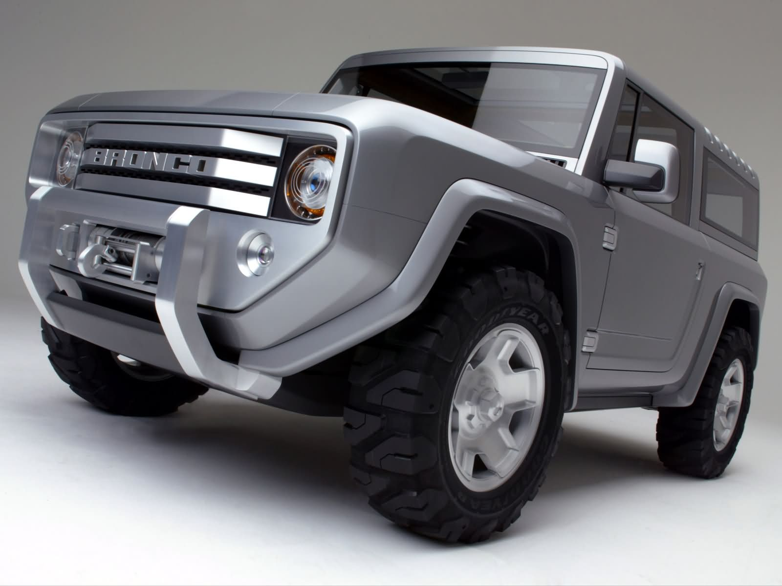 Ford Bronco photo 7482