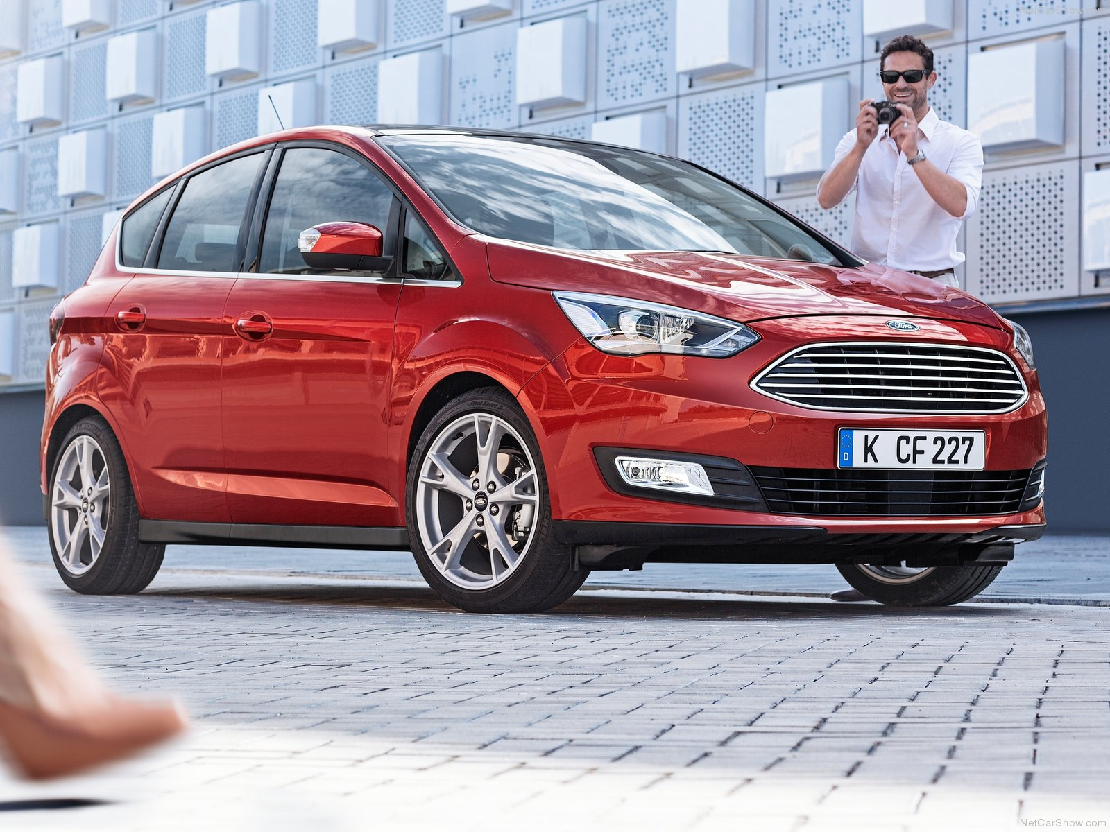 Ford C-MAX photo 129438