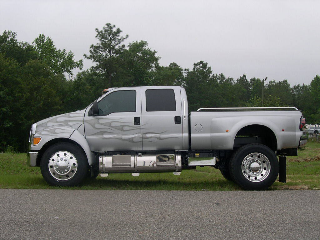 Ford F-650 photo 37831