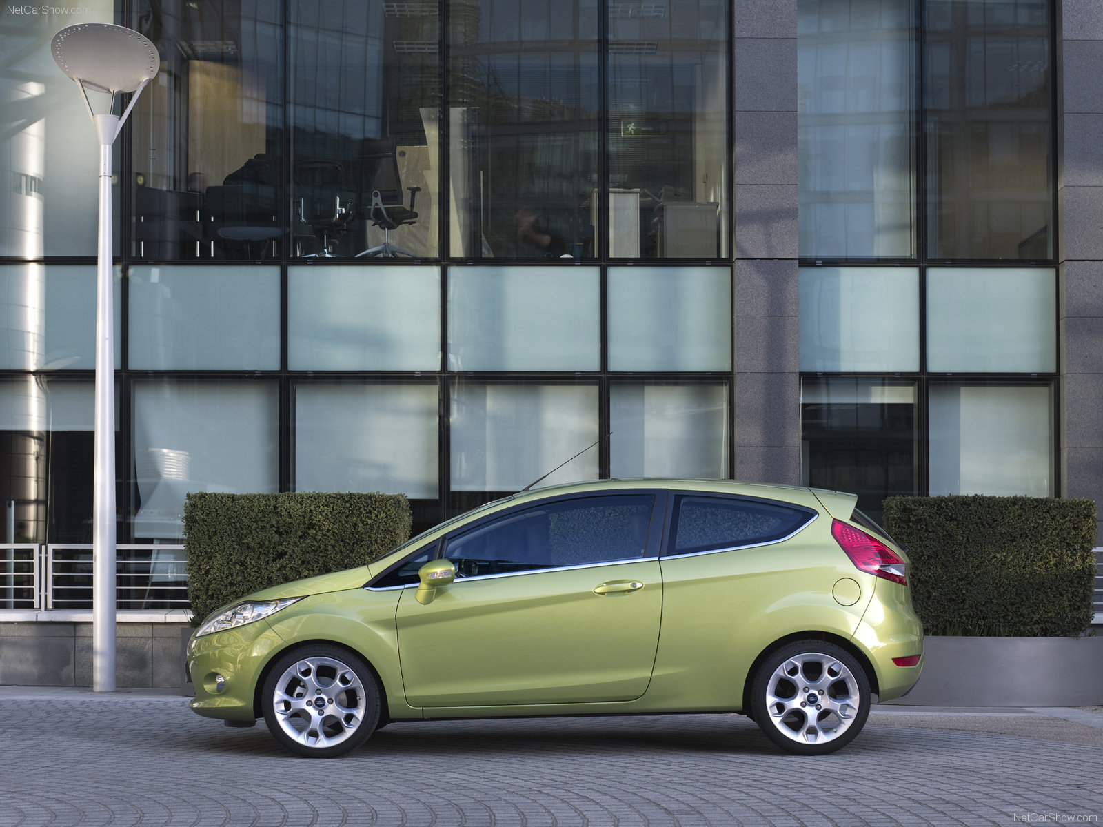 Ford Fiesta photo 52276