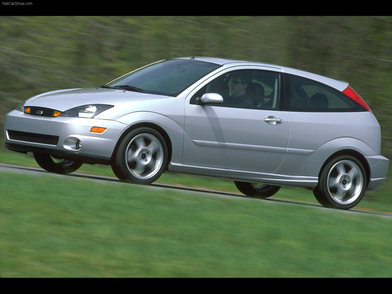 Ford Focus photo 33101