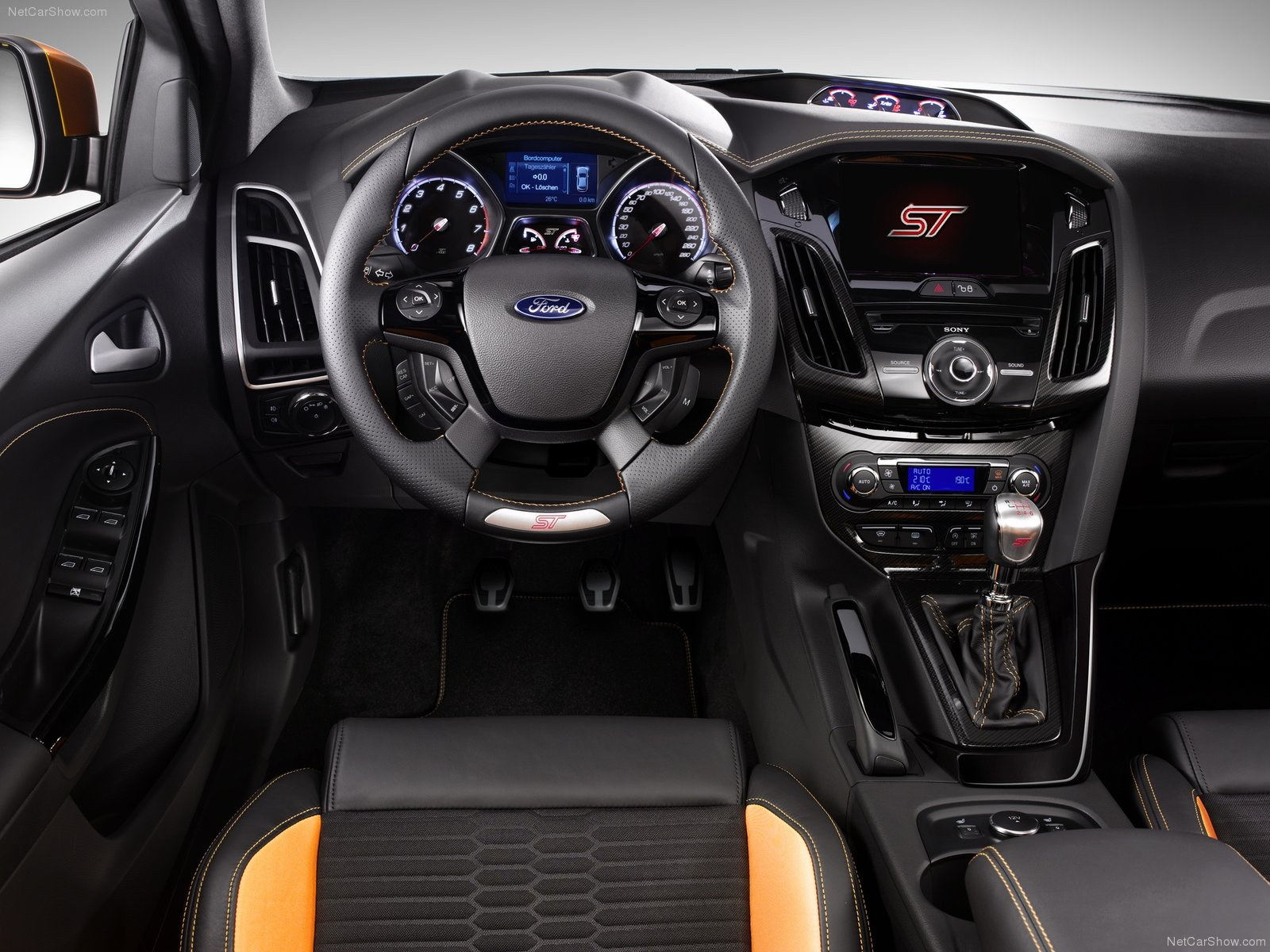 Ford Focus ST photo 75859