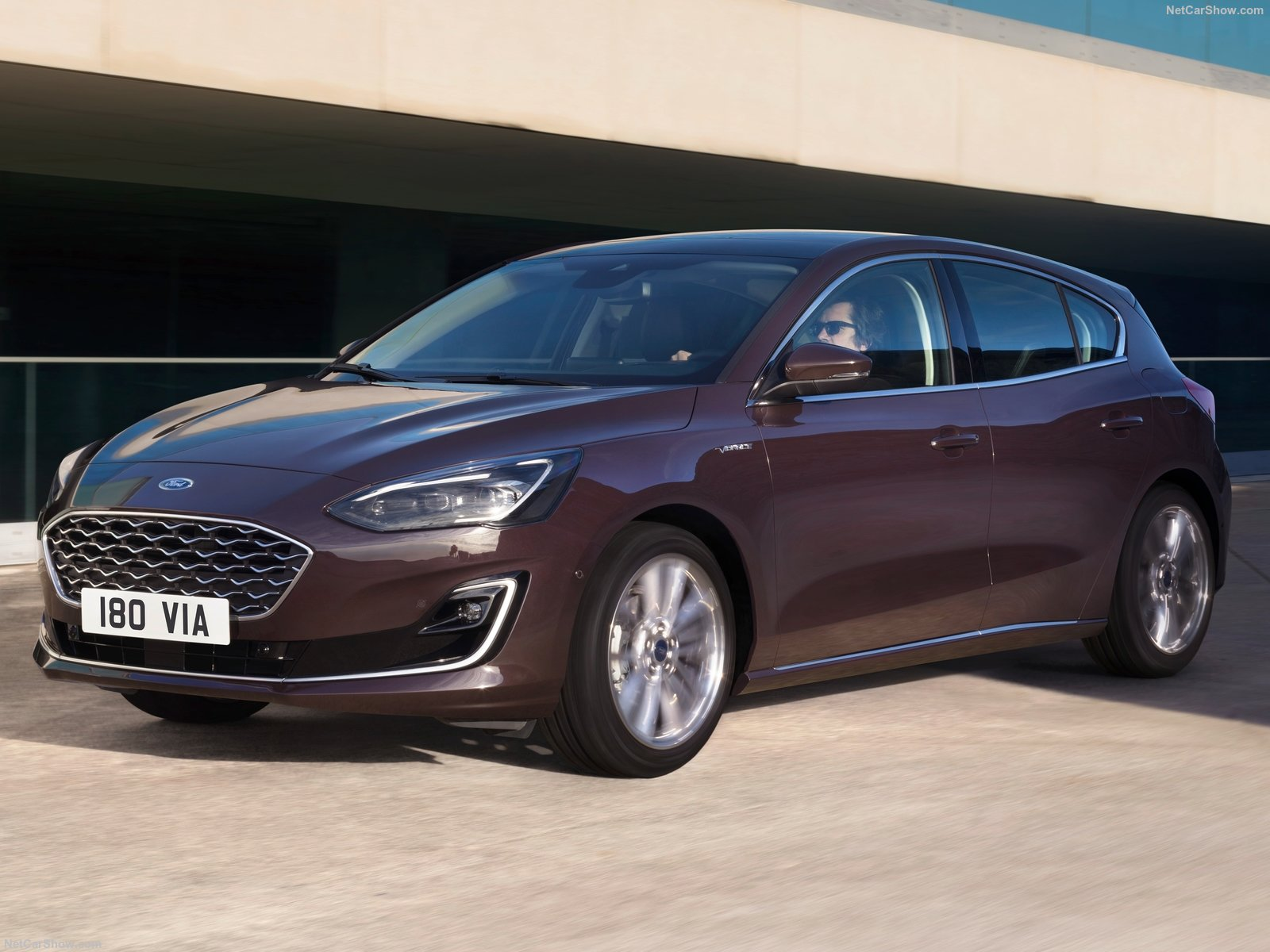 Ford Focus Vignale photo 187686