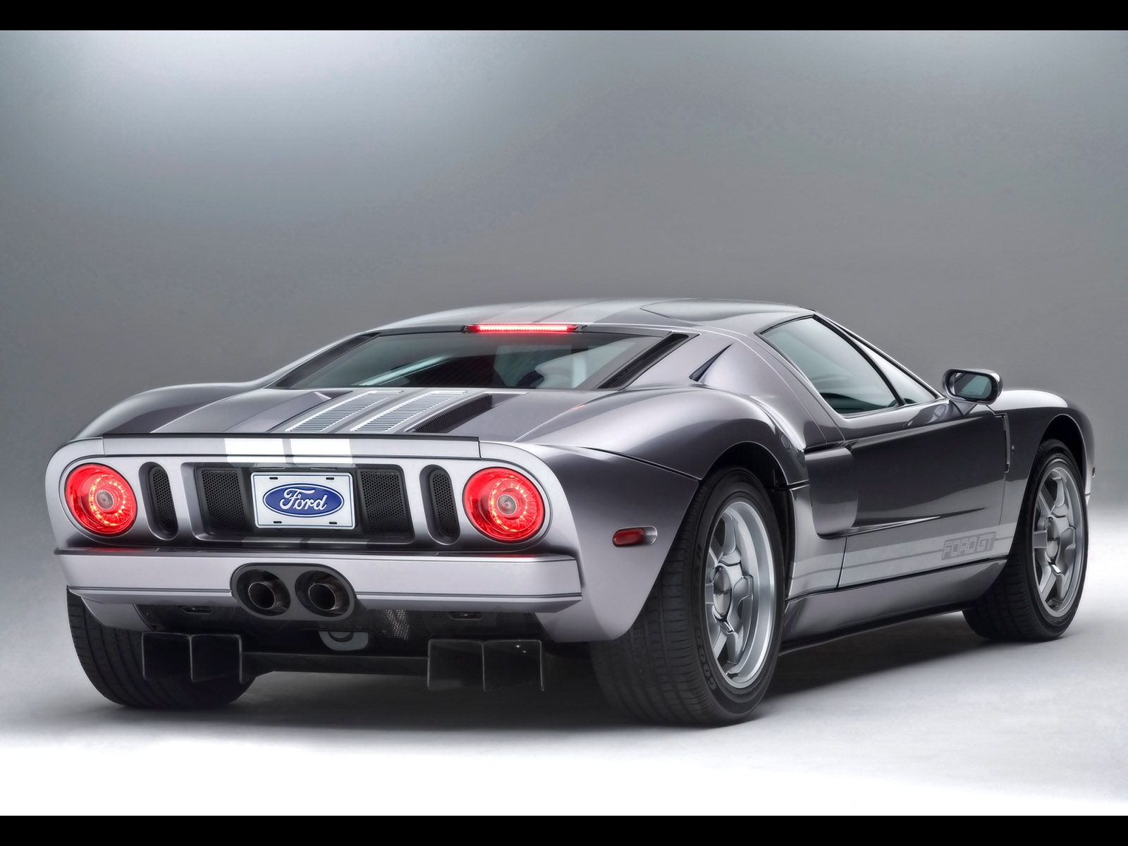 Ford GT photo 21988