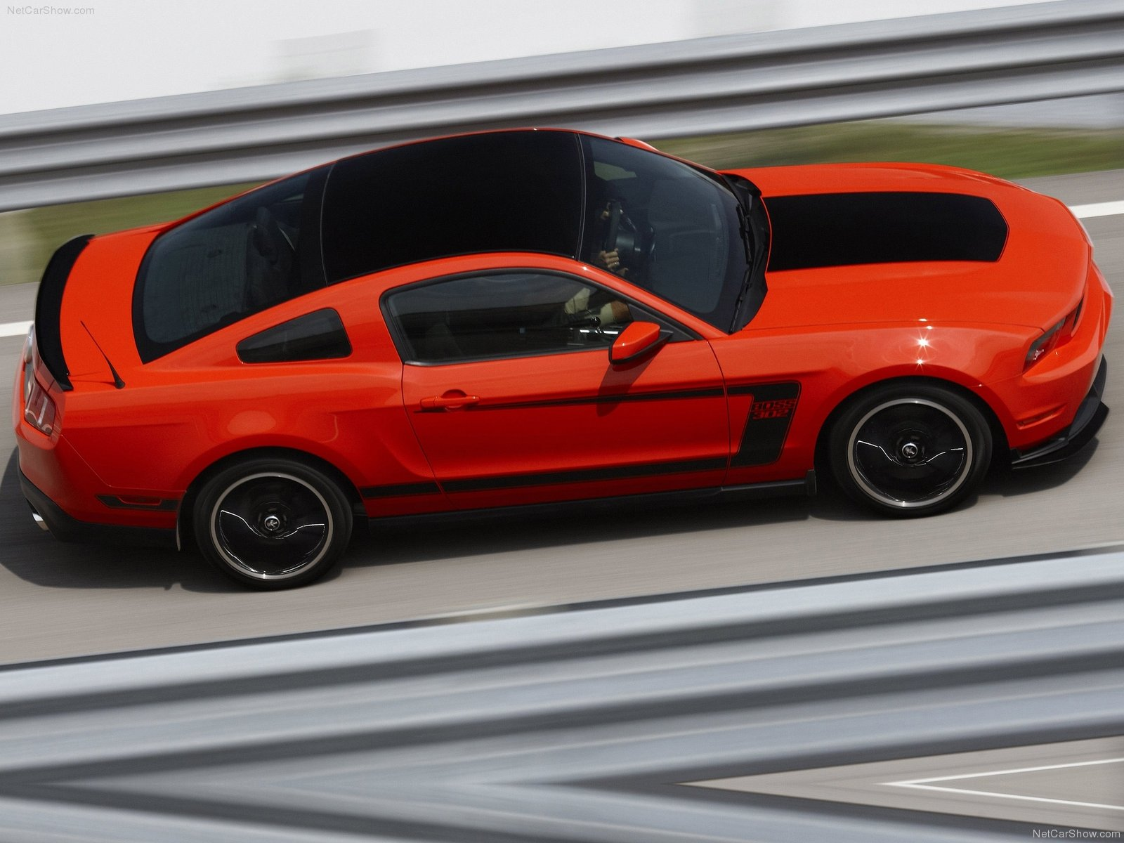 Ford Mustang Boss 302 photo 75114