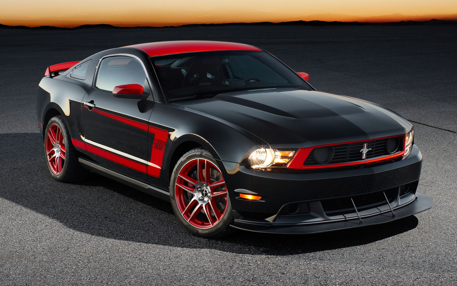 Ford Mustang Boss 302S photo 105236