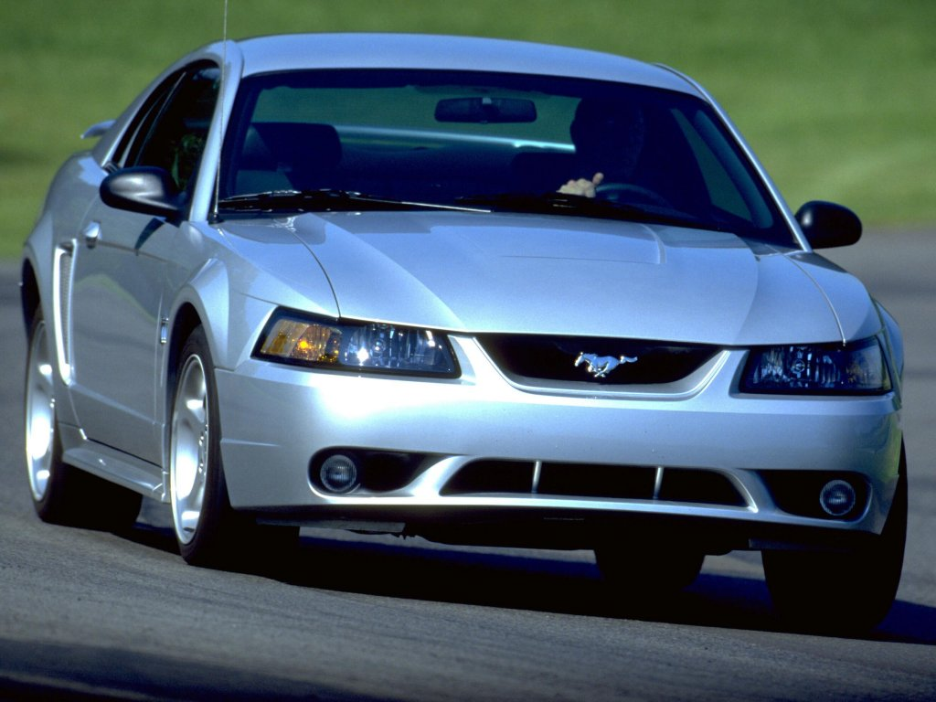 Ford Mustang Cobra photo 703