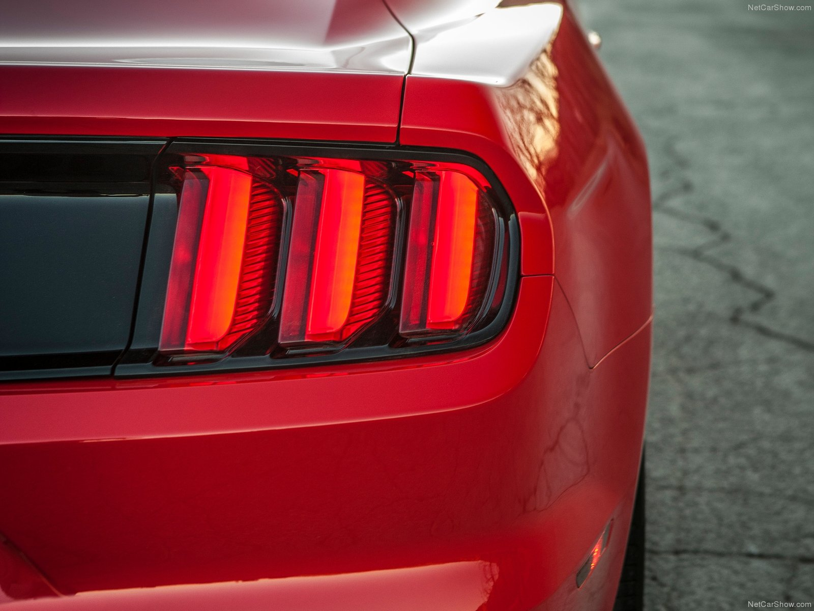 Ford Mustang EcoBoost photo 129756