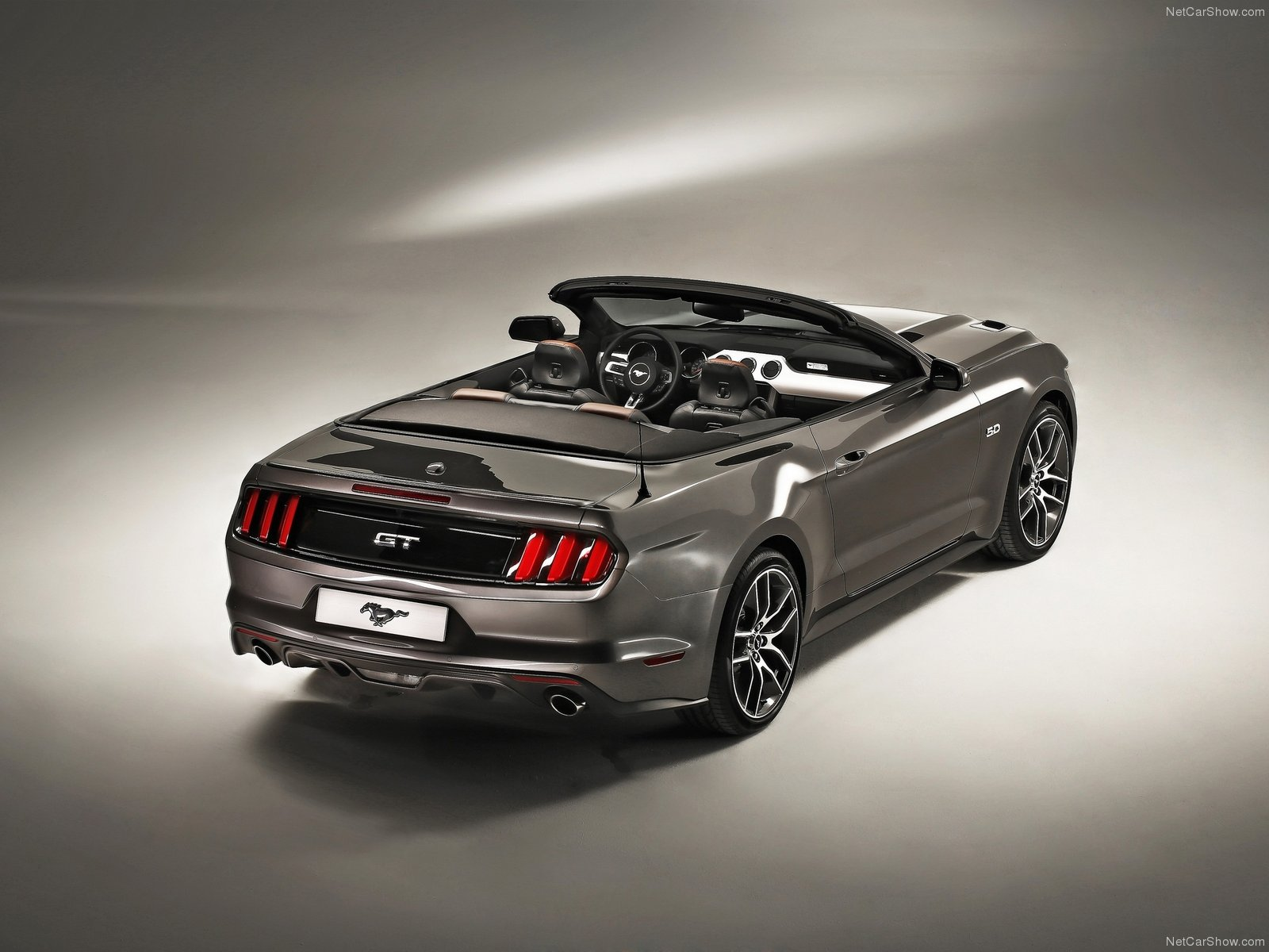 Ford Mustang photo 110469
