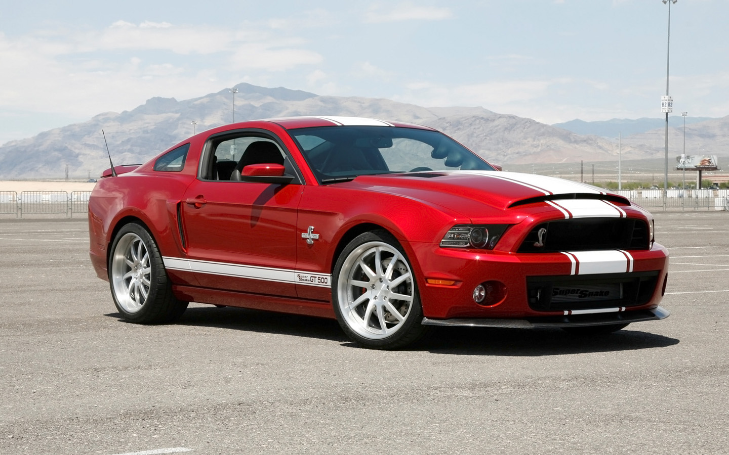 Ford Mustang Shelby GT500 Super Snake photo 131142
