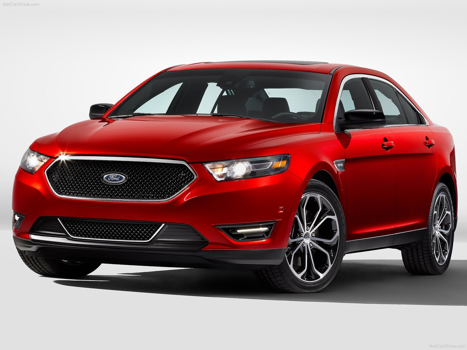 Ford Taurus SHO photo 80030