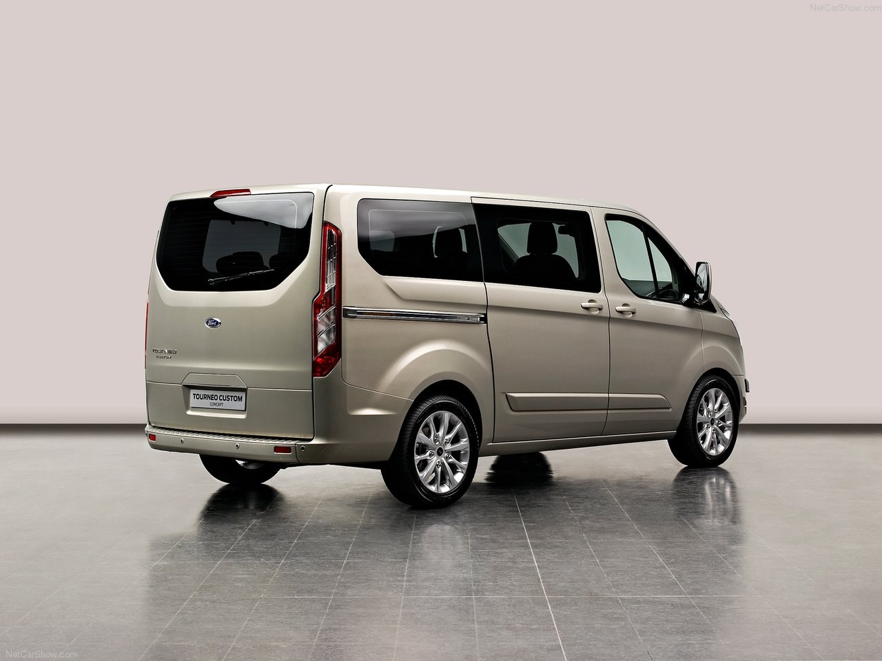 Ford Tourneo Custom photo 89445