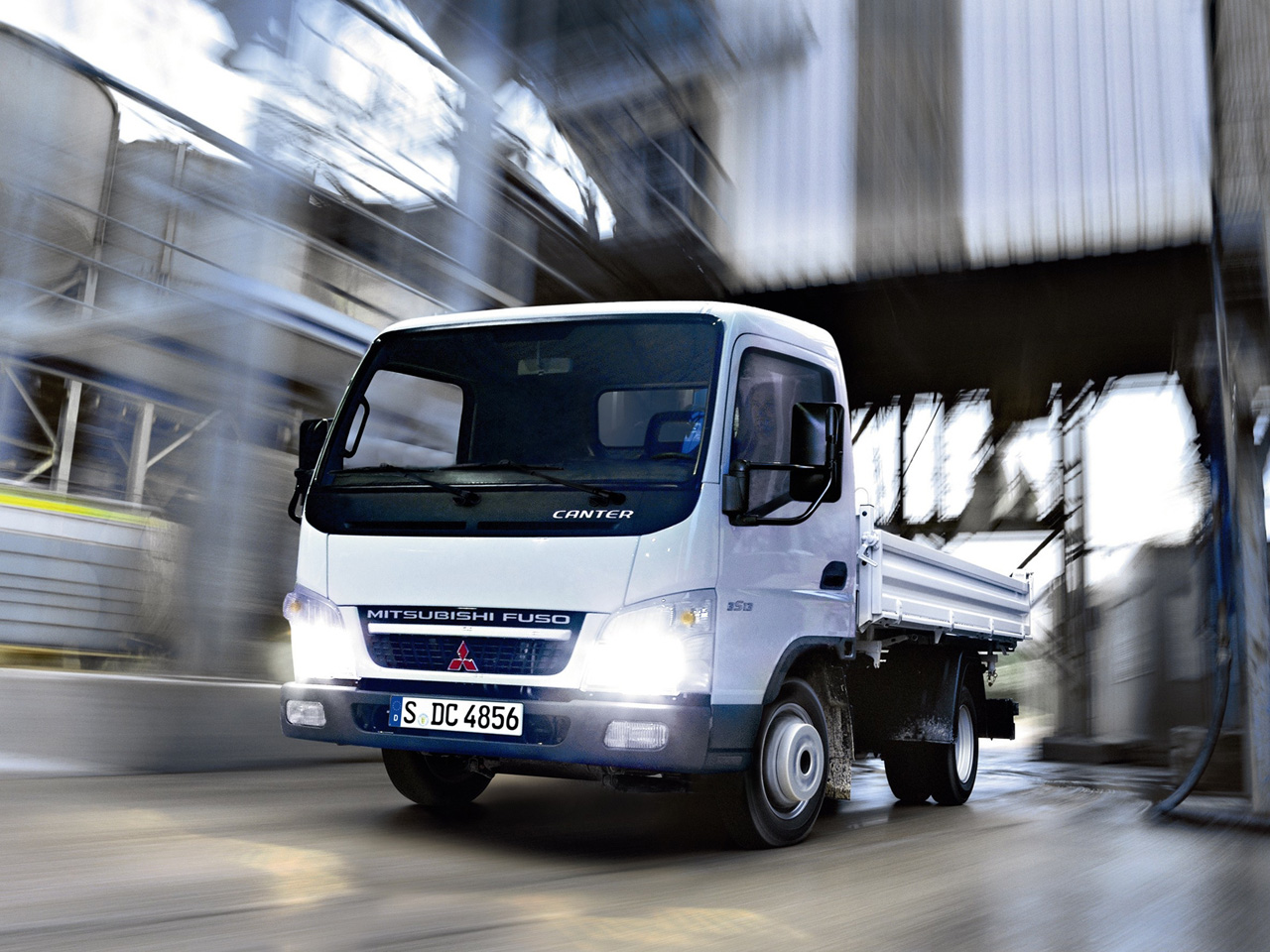 Fuso Canter photo 68879