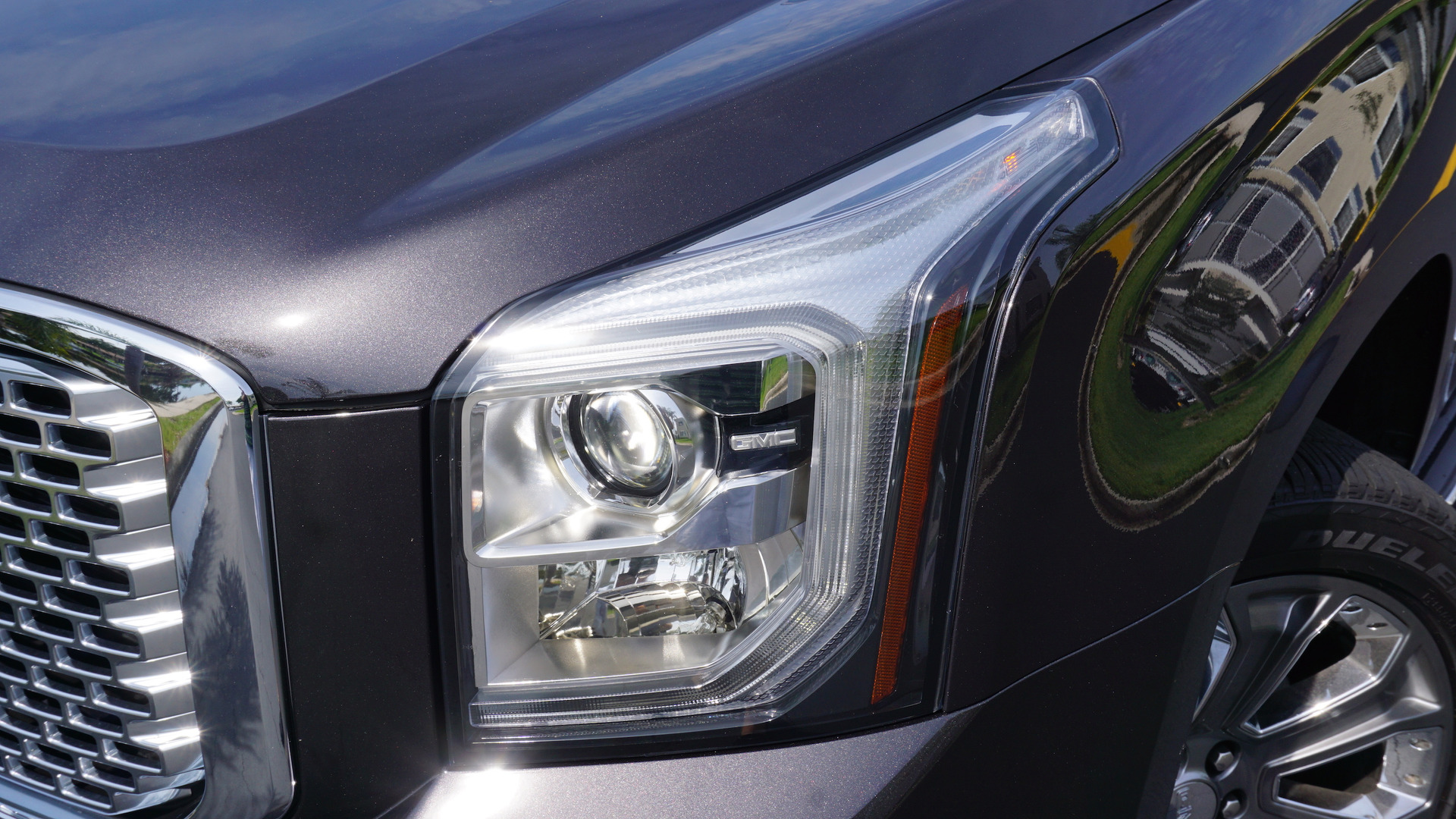GMC Yukon XL photo 170811