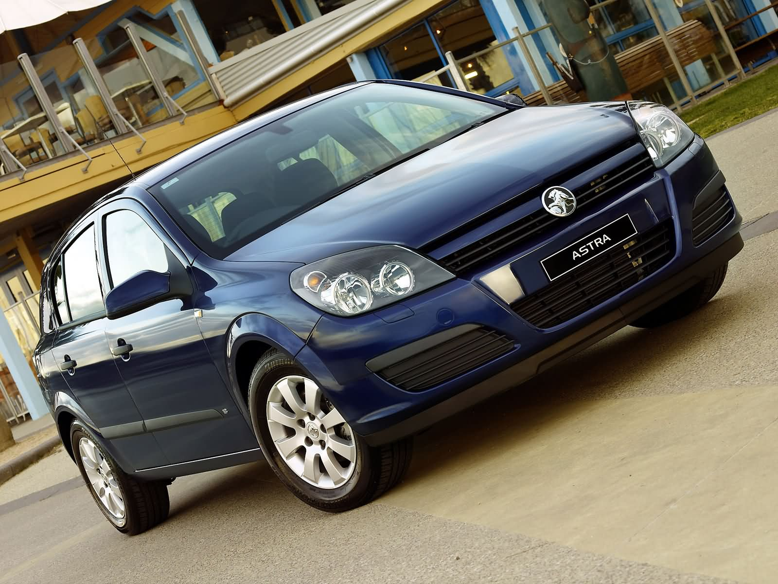 Holden Astra CD photo 13552