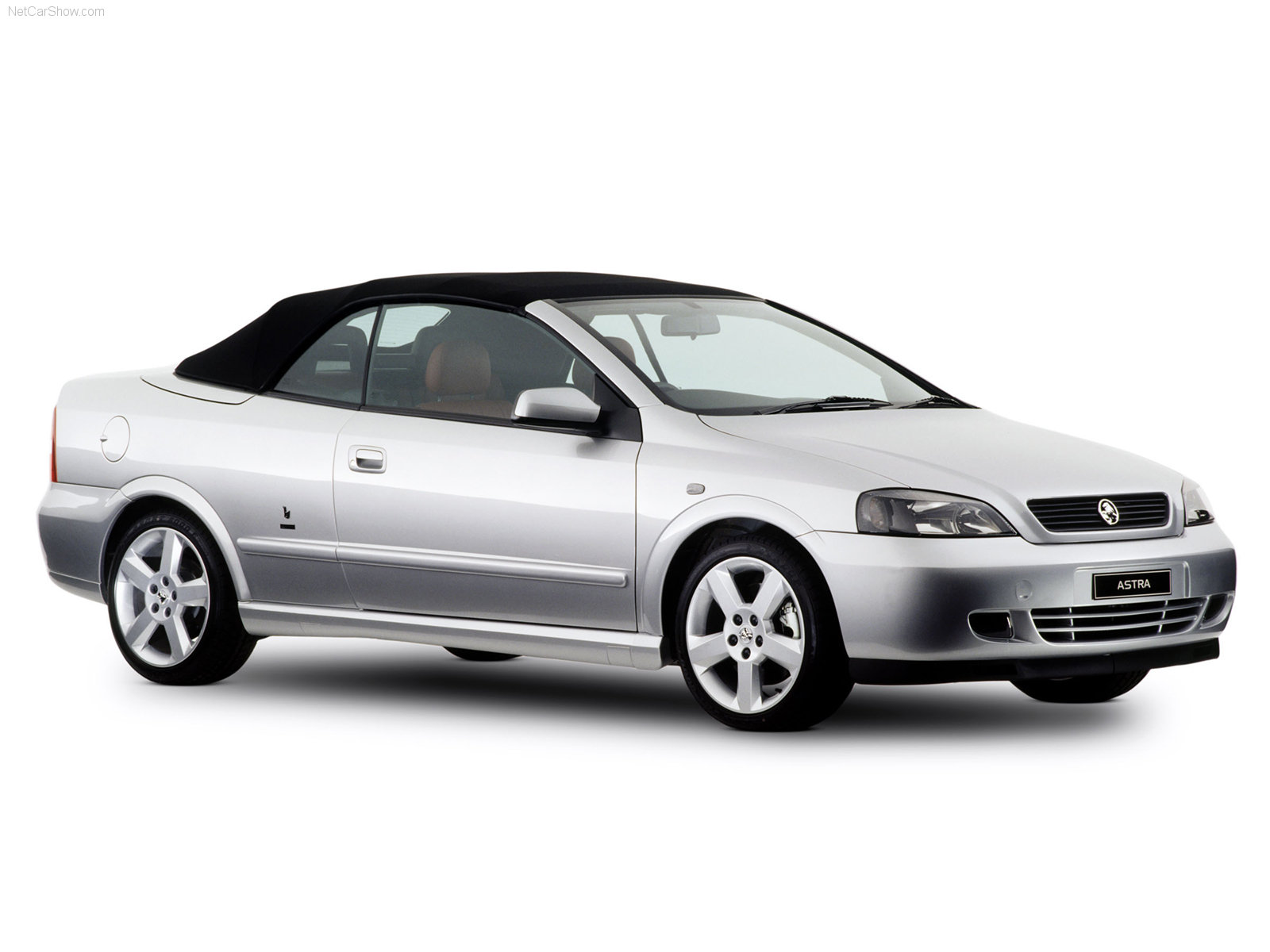 Holden Astra Convertible photo 36698