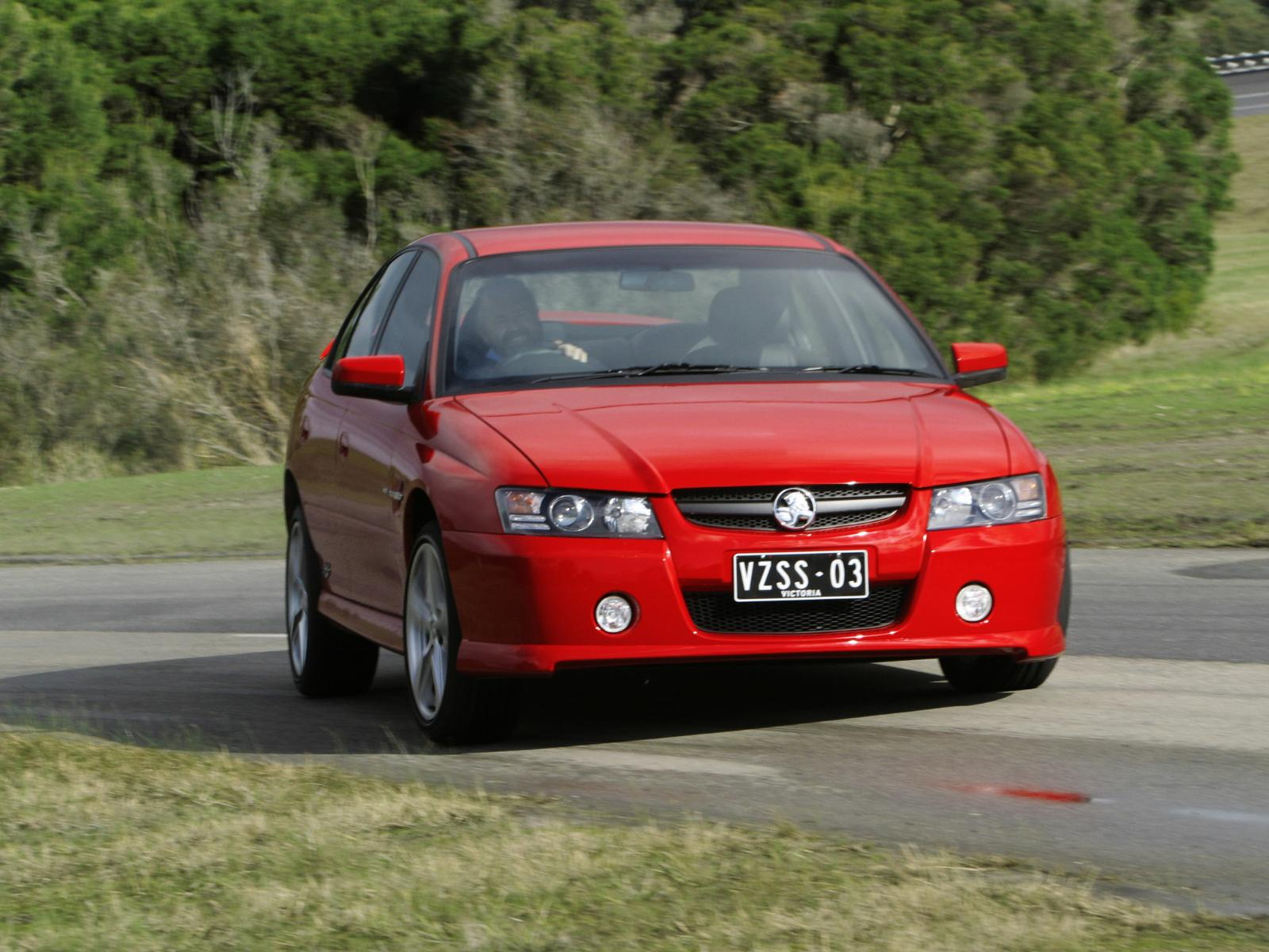 Holden Commodore SS VZ photo 14539