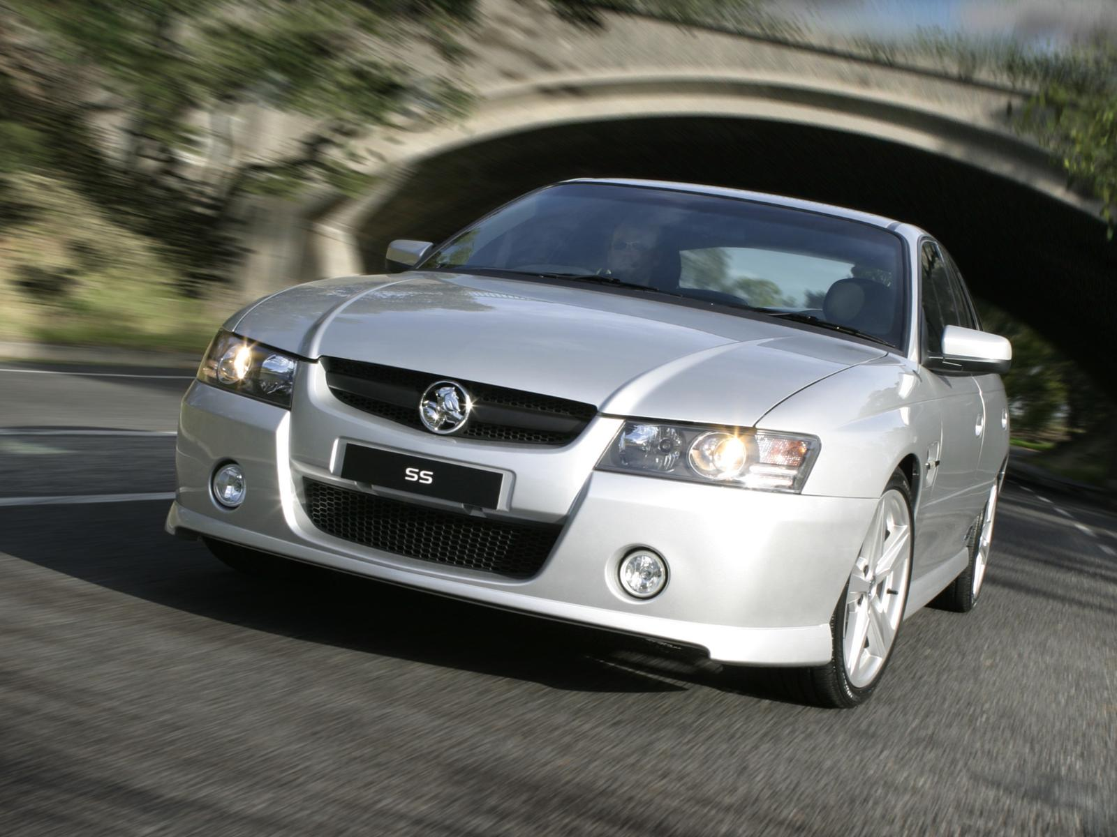 Holden Commodore SS VZ photo 14543