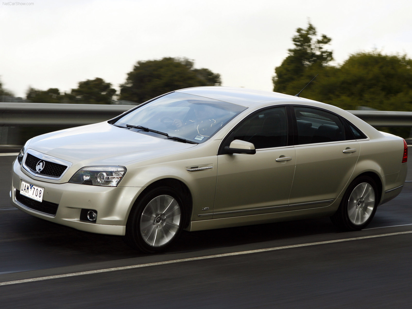 Holden WM Caprice photo 38314