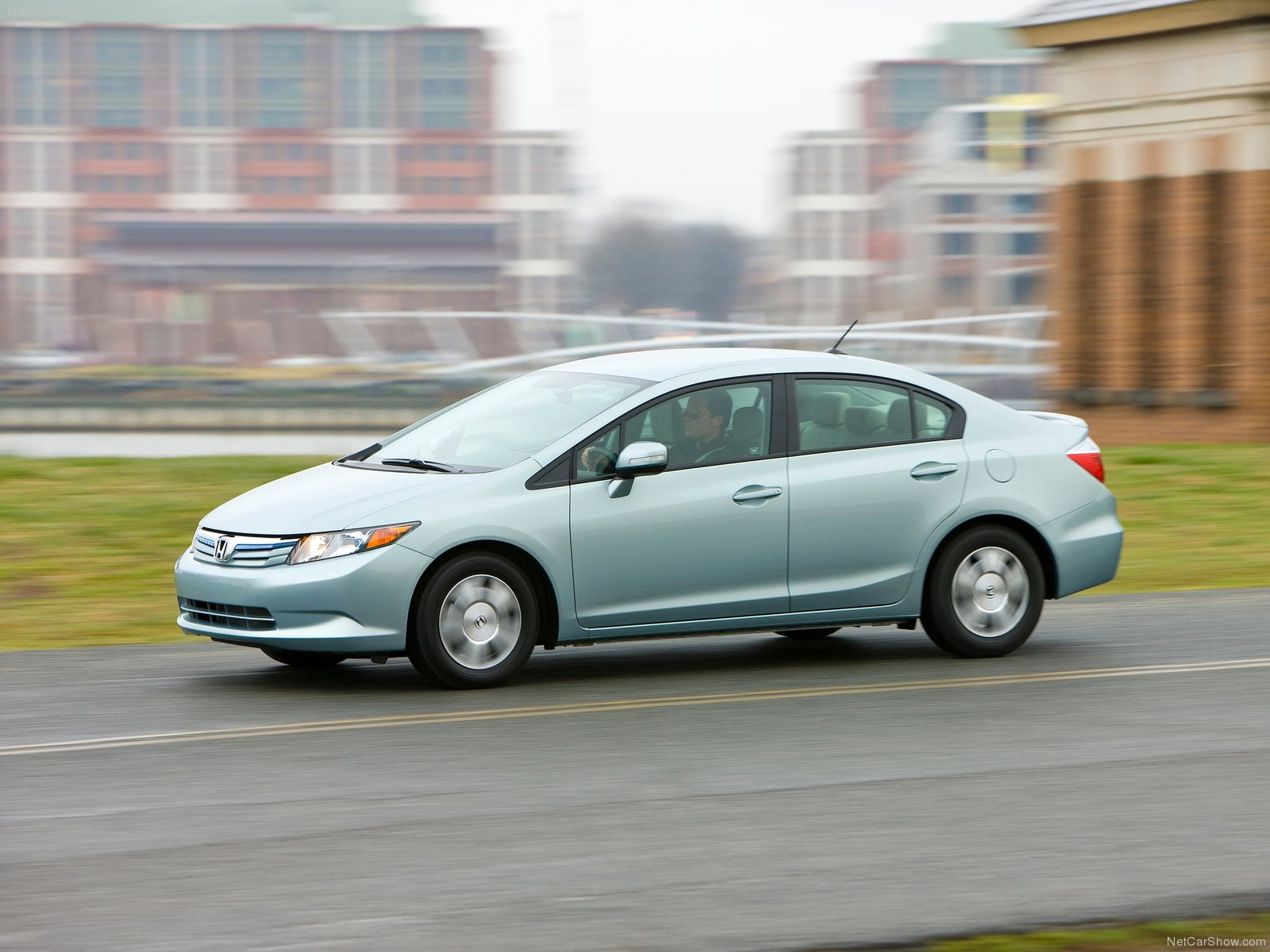 Honda Civic Hybrid photo 80168