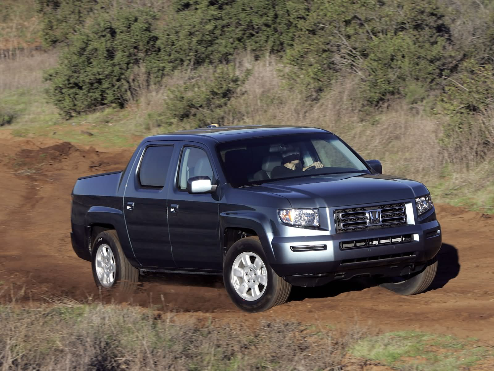 Honda Ridgeline RTS photo 18639