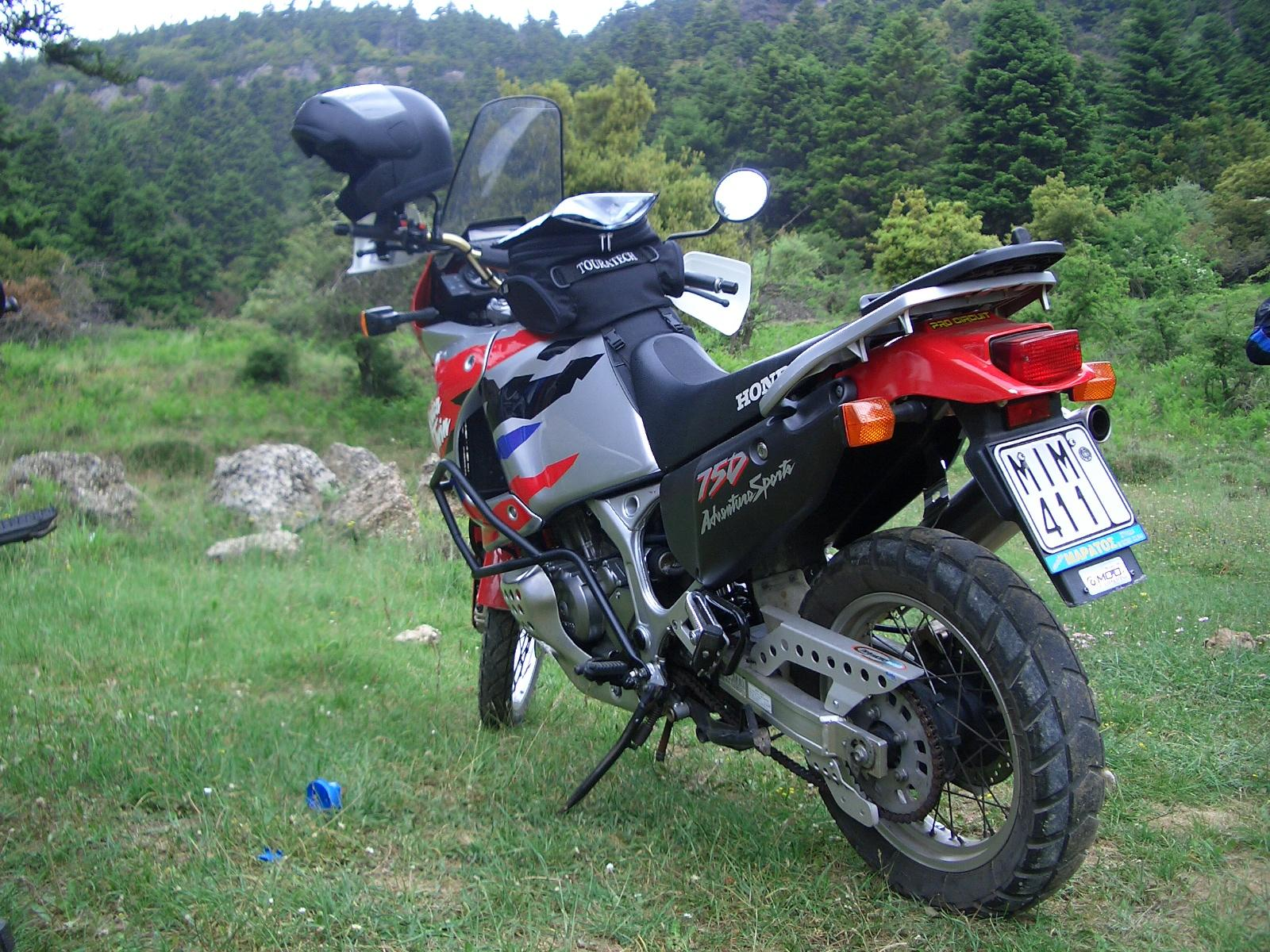 Honda XRV 750 Africa Twin photo 25171