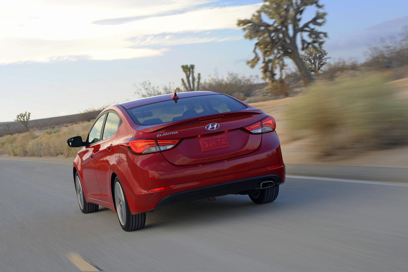 Hyundai Elantra Sport photo 104786