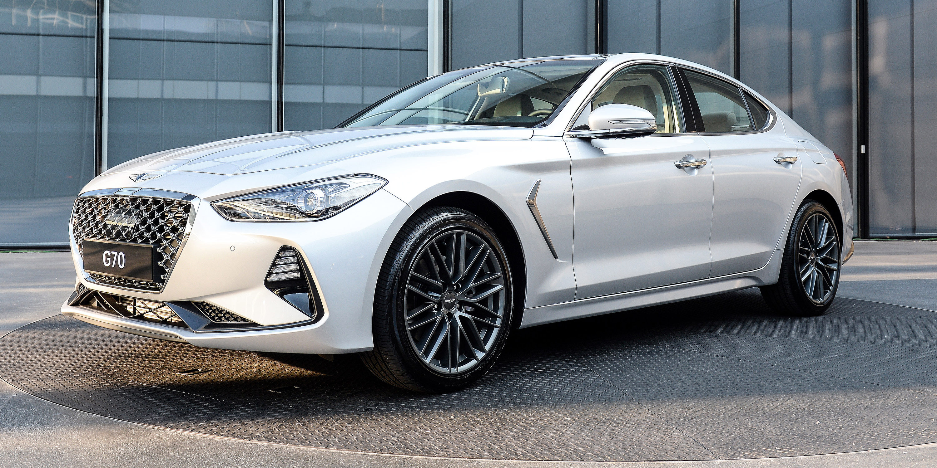 Hyundai Genesis G70 photo 181571
