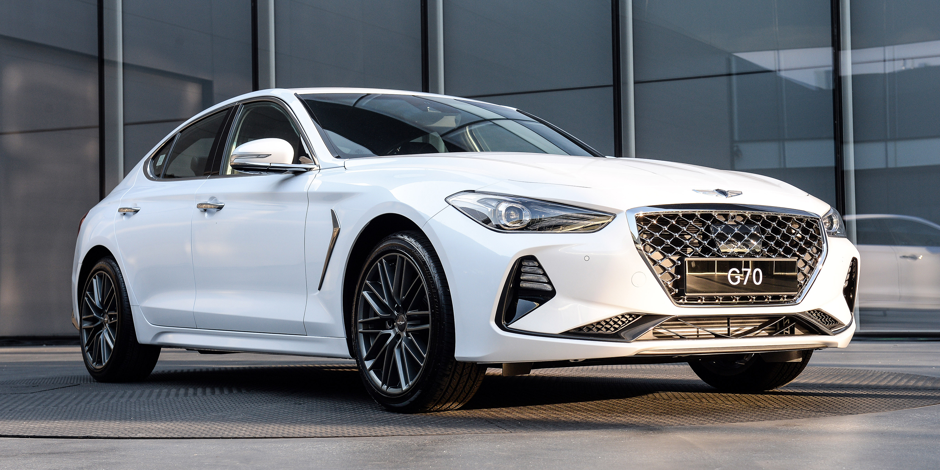 Hyundai Genesis G70 photo 181572