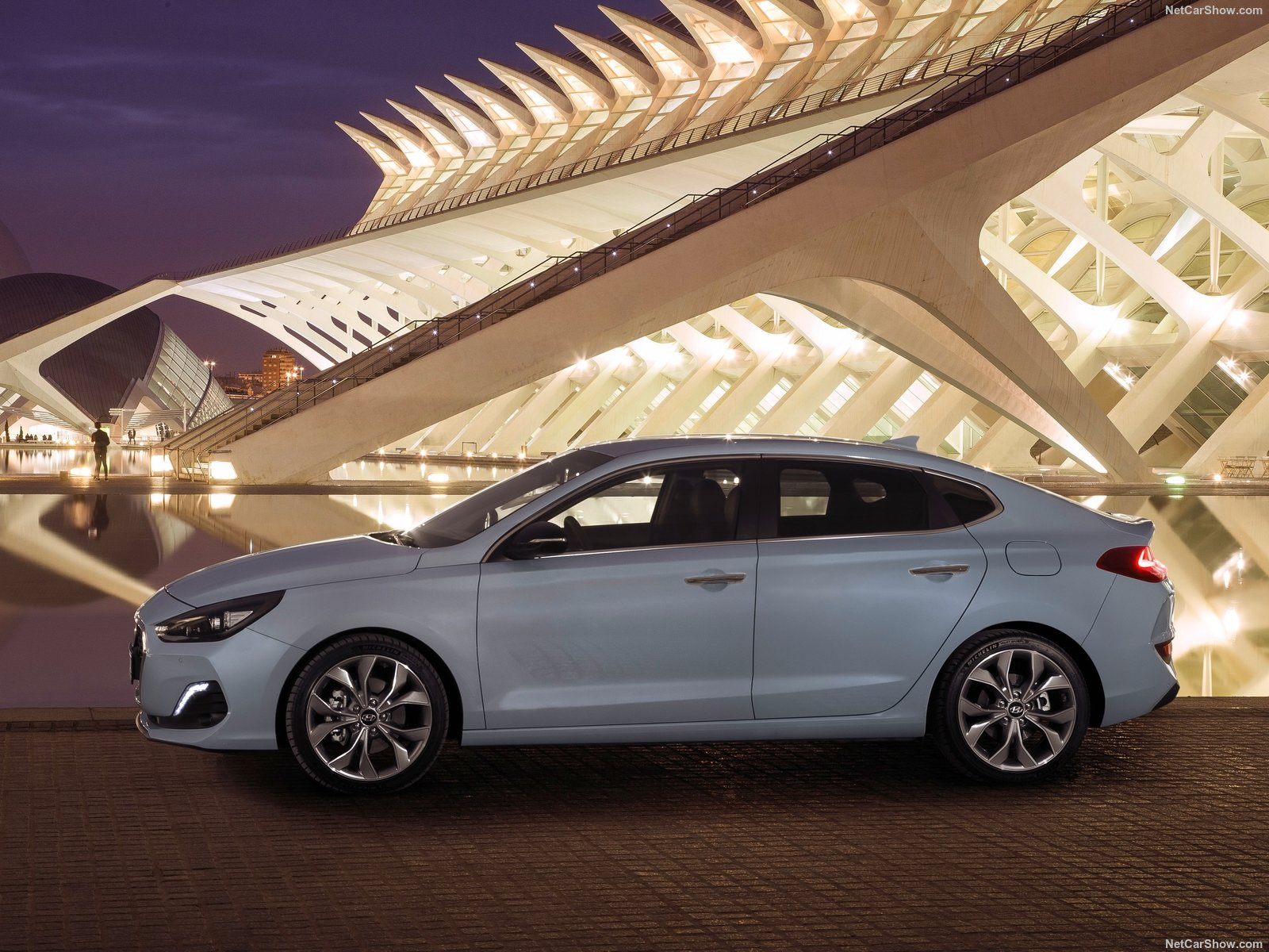 Hyundai i30 Fastback photo 188878