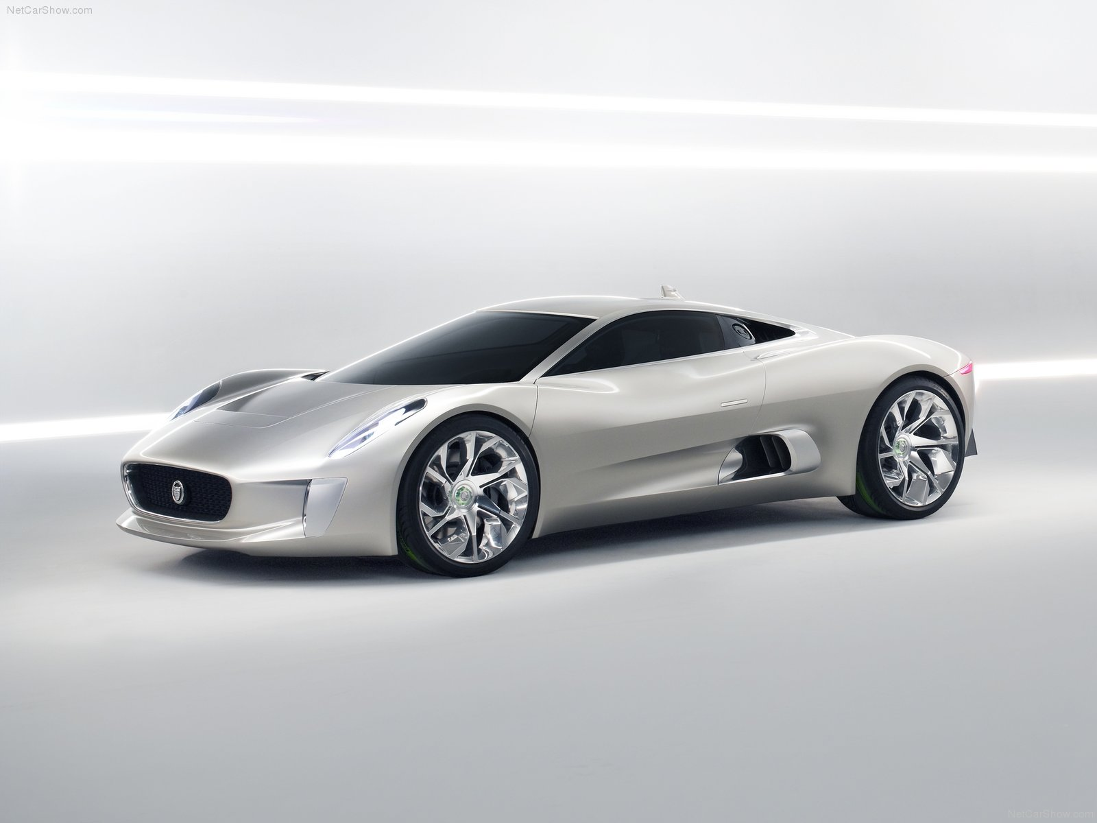 Jaguar C-X75 photo 76150
