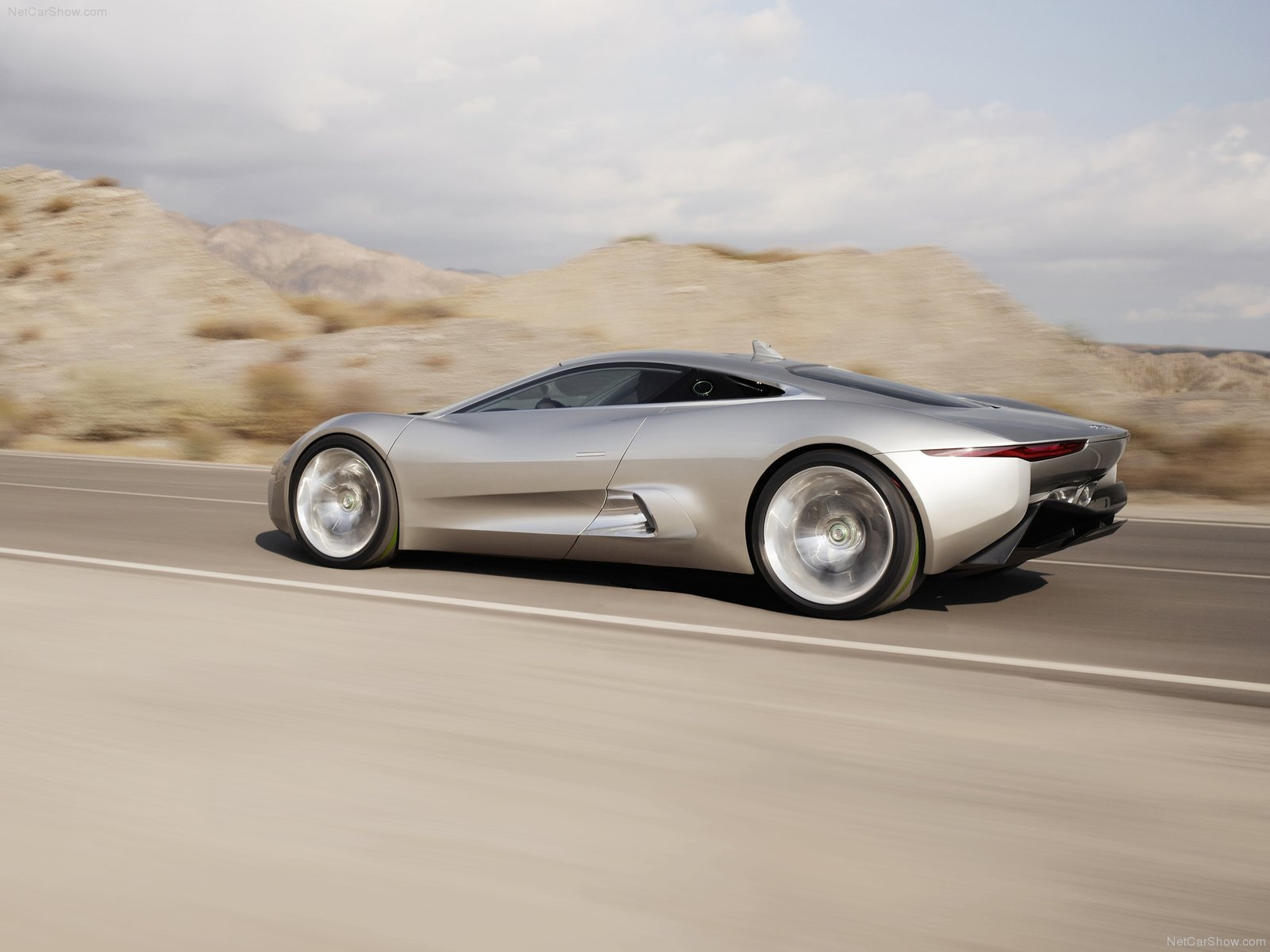 Jaguar C-X75 photo 76160