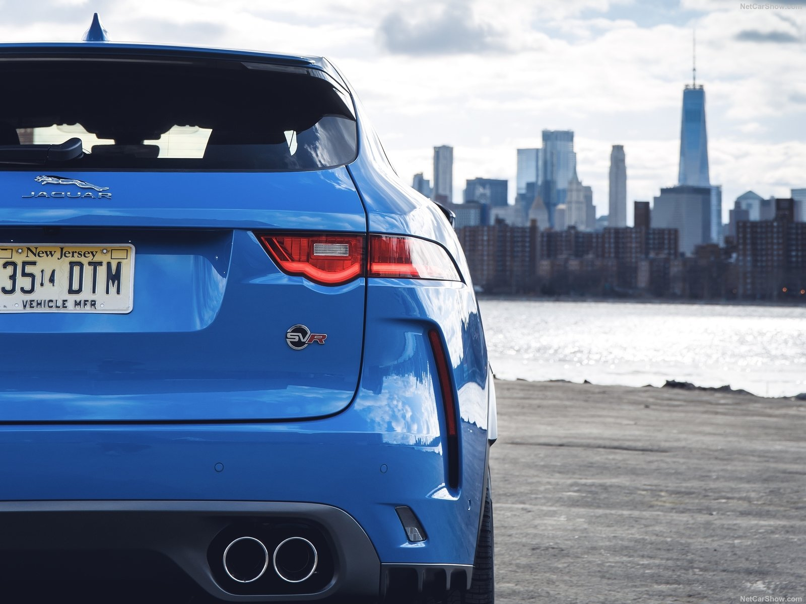 Jaguar F-Pace SVR photo 187415