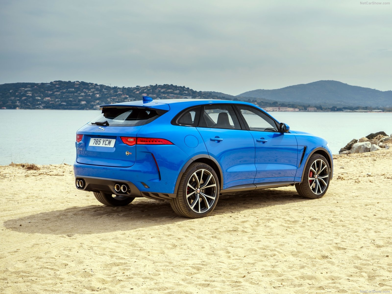 Jaguar F-Pace SVR photo 195176