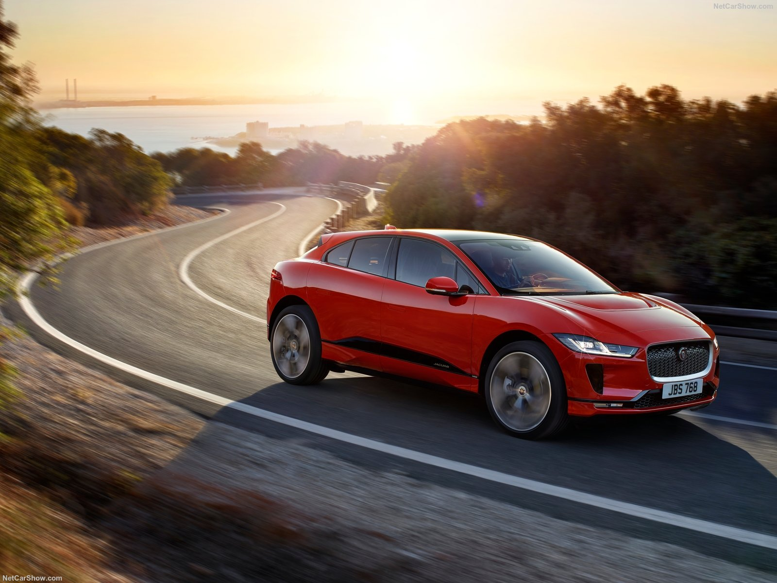 Jaguar I-Pace photo 186877
