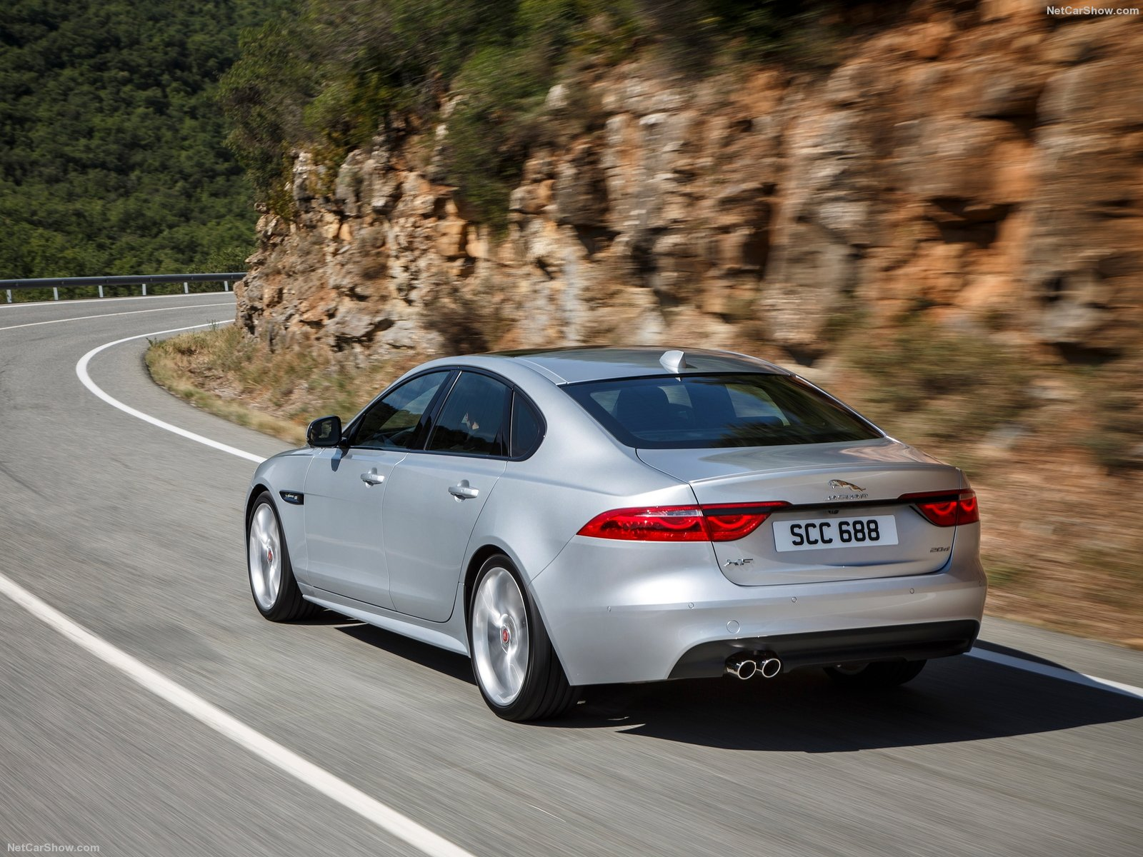 Jaguar XF photo 150185
