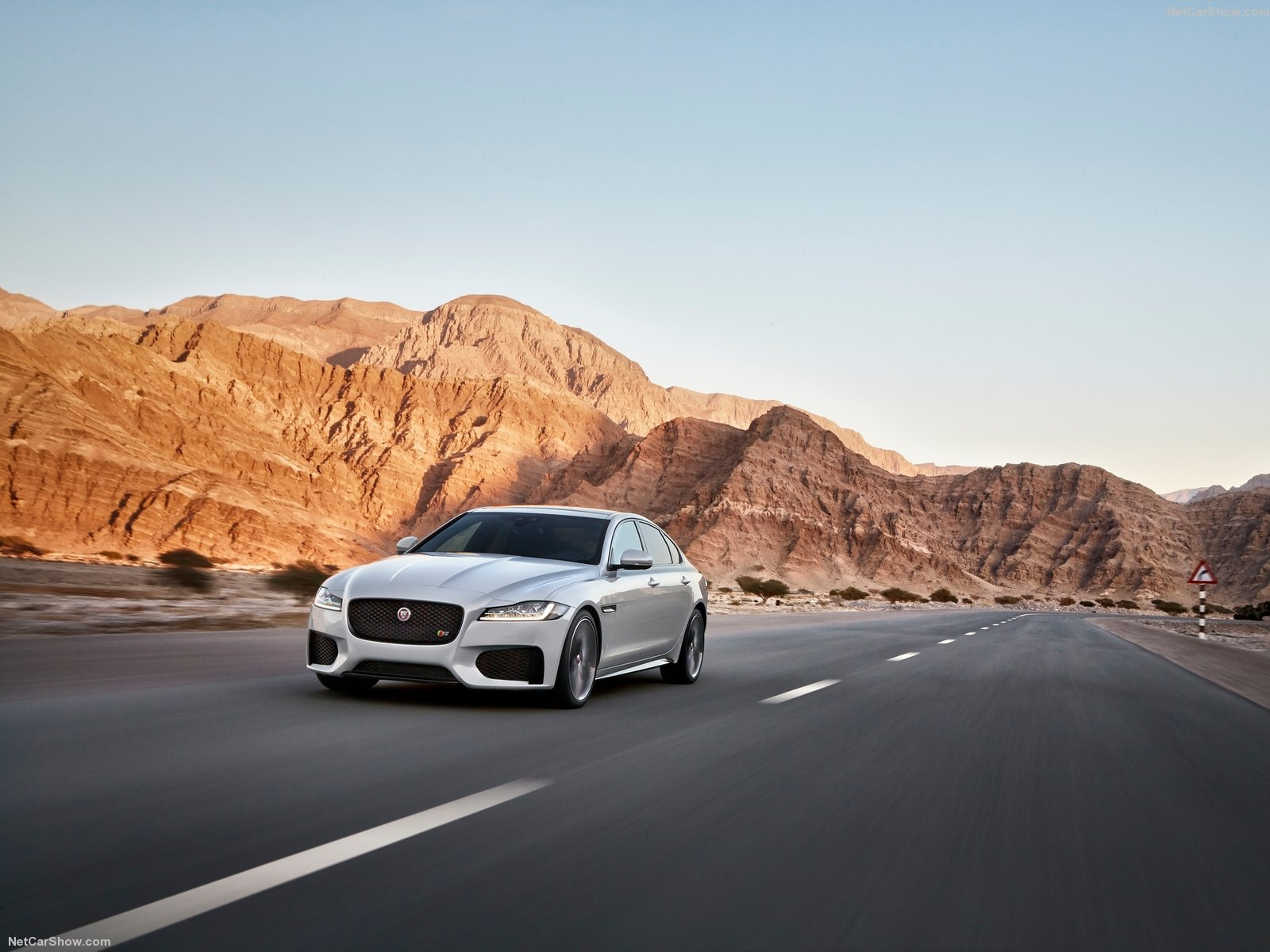 Jaguar XF photo 150232